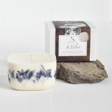 Świeca In Velvet – Zapach Tajemnicy